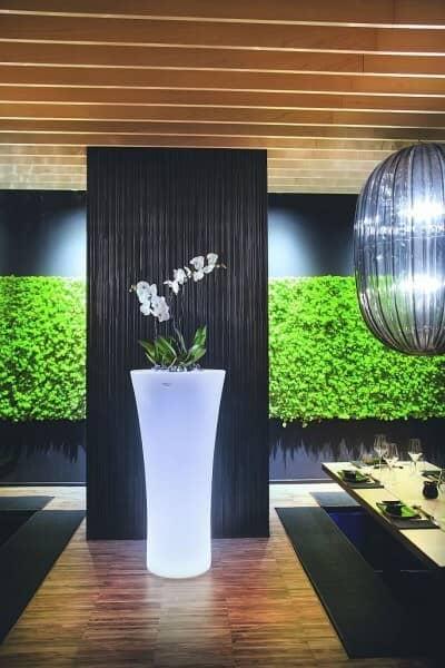 """LED beleuchteter Blumentopf """"Recife"""" von Modum: gartenmode.de"""