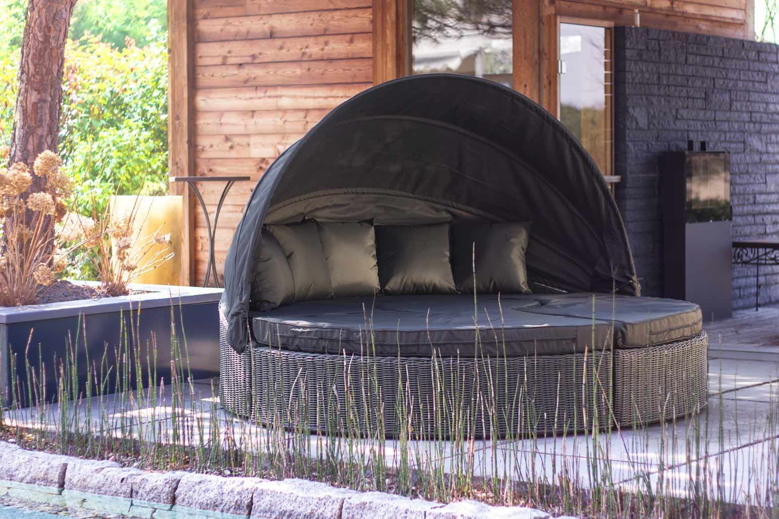 edle polyrattan sonneninseln vom hersteller too design gartenm bel. Black Bedroom Furniture Sets. Home Design Ideas